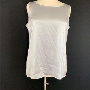 NWOT St. John sleeveless top. Silver XL